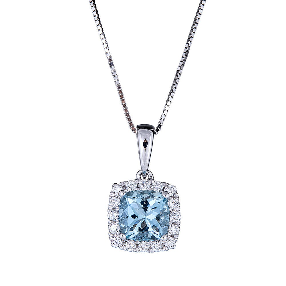 """10k White Gold Oval Aquamarine And Diamond Pendant with 18/"""" Chain"""